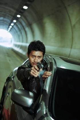 "A still cut from the Korean action thriller ""Confidential Assignment"" (Yonhap)"