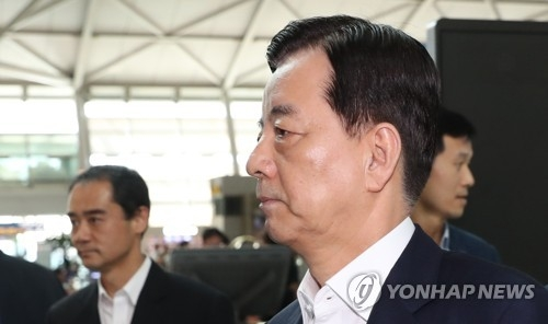 (LEAD) Minister to clarify Seoul's position on THAAD in talks with Mattis - 1