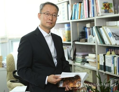 (profile) Renewable energy expert tapped as S. Korea's new industry minister - 1