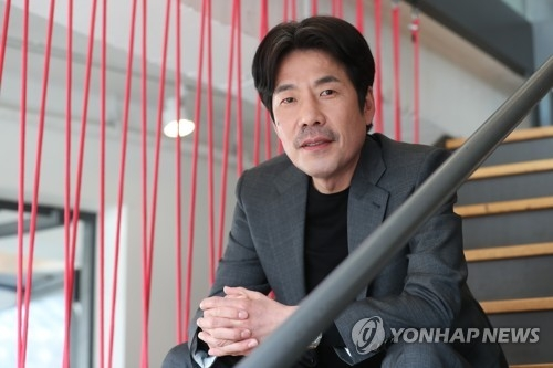 Actor Oh Dal-su poses for a photo prior to a media interview in Seoul on Jan. 30, 2018. (Yonhap)