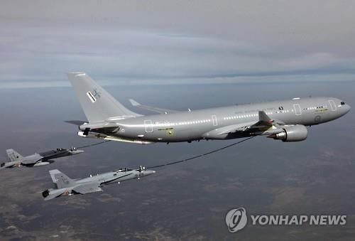 A photo provided by Airbus Defence and Space shows aerial refueling by the A330 MRTT tanker. (Yonhap)