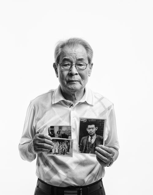 (Yonhap Interview) Photographer reunites separated families of 70 years through photos