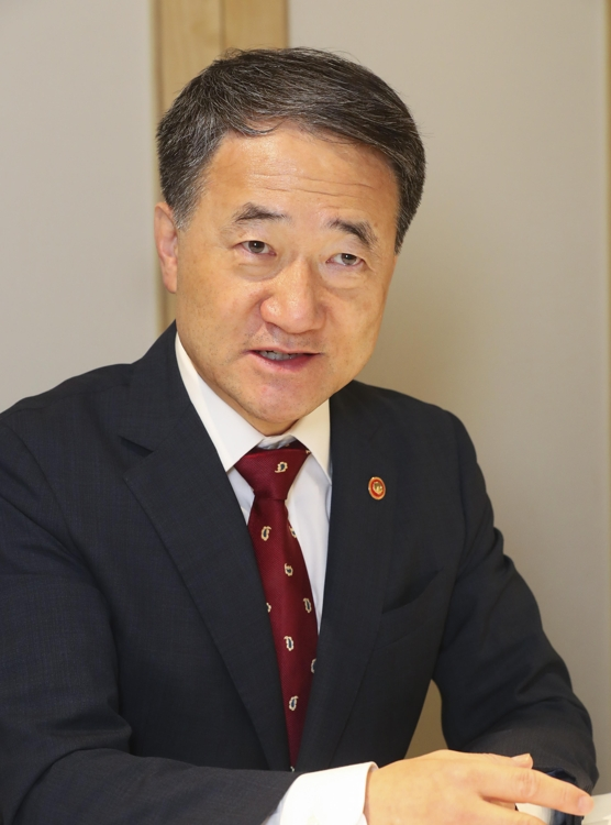 Minister of Health and Welfare Park Neung-hoo outlines South Korea's bio-health industry policies in an interview with Yonhap News Agency in Seoul on July 10, 2019. (PHOTO NOT FOR SALE) (Yonhap)