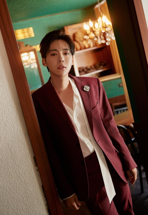 This image from YG Entertainment shows Jinu, a member of K-pop band WINNER. (PHOTO NOT FOR SALE) (Yonhap)