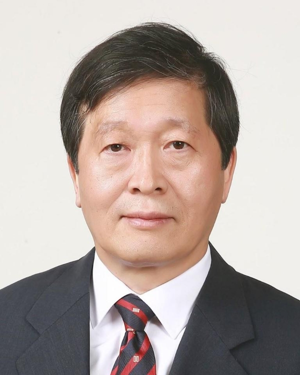 Park Su-keun, named to lead the National Labor Relations Commission, is shown in this photo provided by Cheong Wa Dae. (PHOTO NOT FOR SALE) (Yonhap)