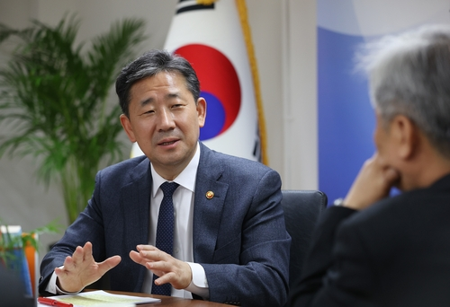 Culture Minister Park Yang-woo speaks during an interview with Yonhap News Agency on March 24, 2020. (Yonhap)