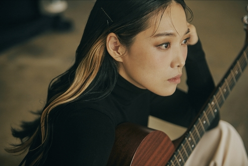 (Yonhap Interview) Jeongmilla: the artist who sings Seoul's blue hill neighborhood in 'CheongPa Sonata'