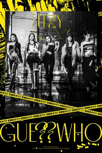 """This image, provided by JYP Entertainment, shows a promotional image for K-pop act ITZY's new EP """"Guess Who."""" (PHOTO NOT FOR SALE) (Yonhap)"""