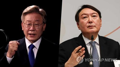 This combined image shows Gyeonggi Gov. Lee Jae-myung (L) and former top prosecutor Yoon Seok-youl. (Yonhap)