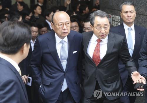 청와대로 향하는 김승연 회장