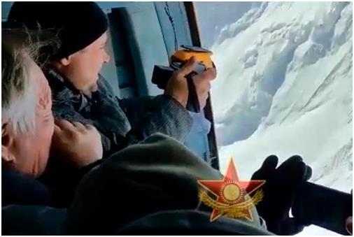 카자흐스탄군, 톈산 포베다봉 실종 등반대 발견 | 연합뉴스