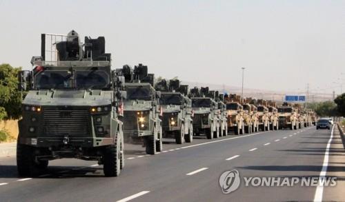 시리아로 이동하는 터키군 [로이터=연합뉴스]