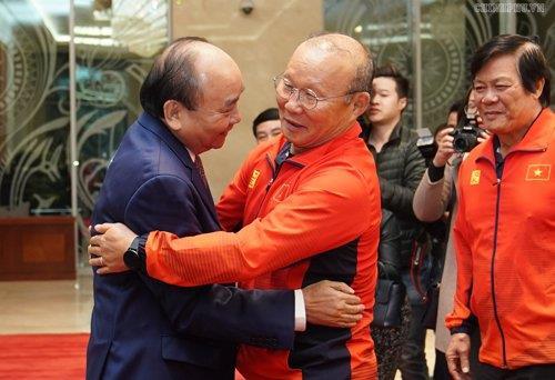 박항서 '베트남 정신으로 우승'…베트남 총리 '국가발전에 기여'