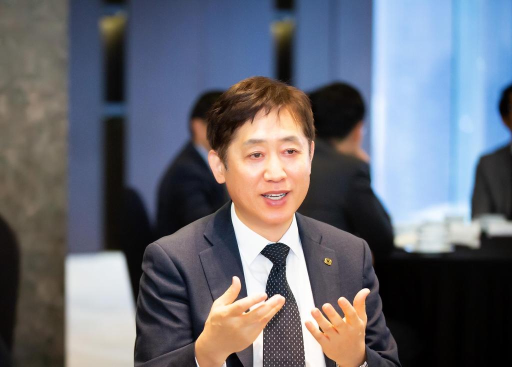 """[신년사] 김주현 여신 금융 협회 회장, """"가맹점 수수료 합리화 노력"""""""