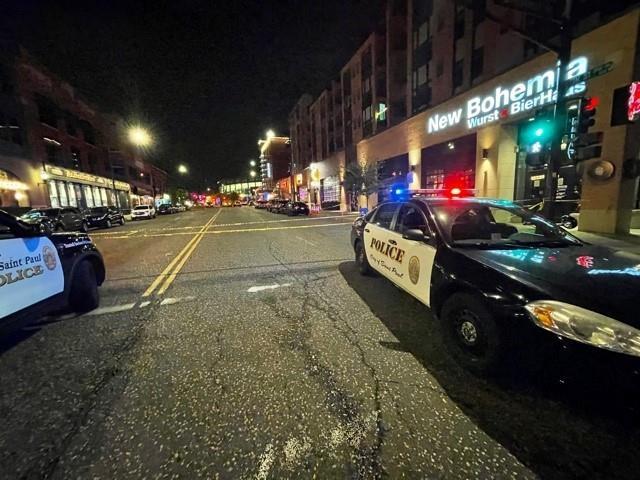 무차별 총격전이 발생한 미국 미네소타주 세인트폴 유흥가