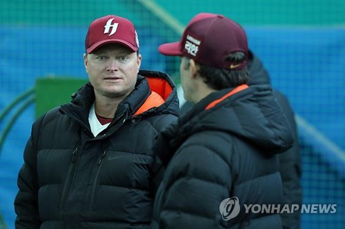 (2nd LD) Ex-Yankee resigns as S. Korean minor league manager under DUI charges