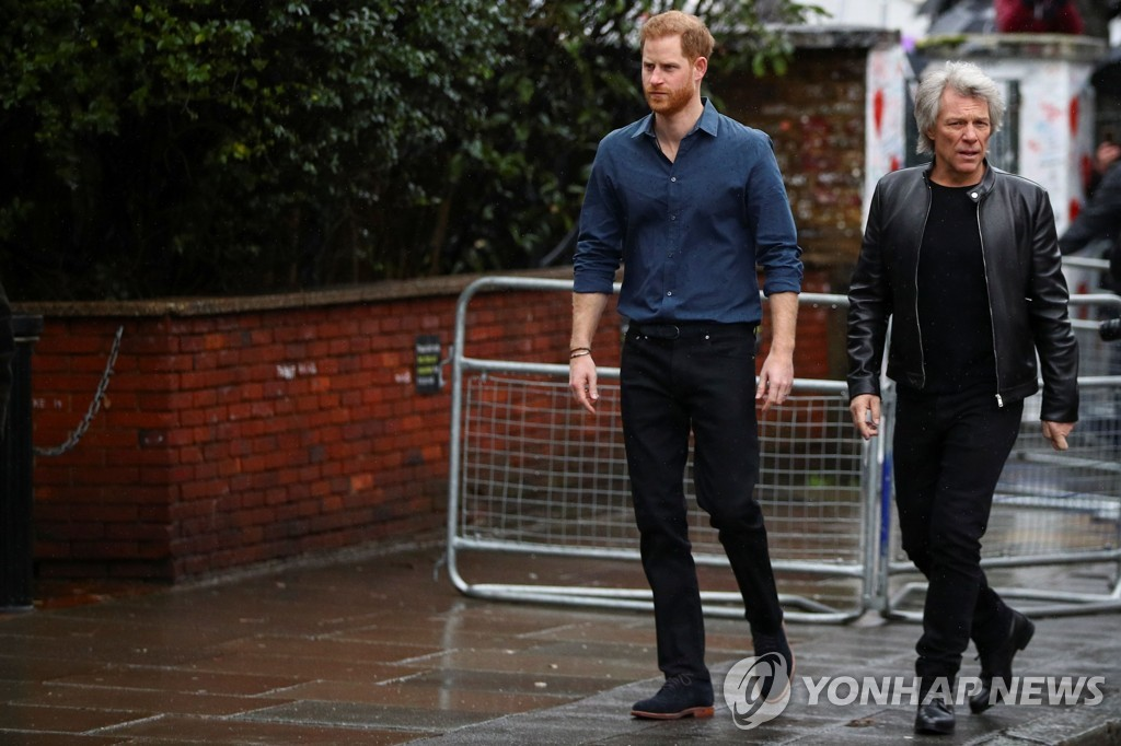 BRITAIN-ROYALS-ENTERTAINMENT-DEFENCE-CHARITY