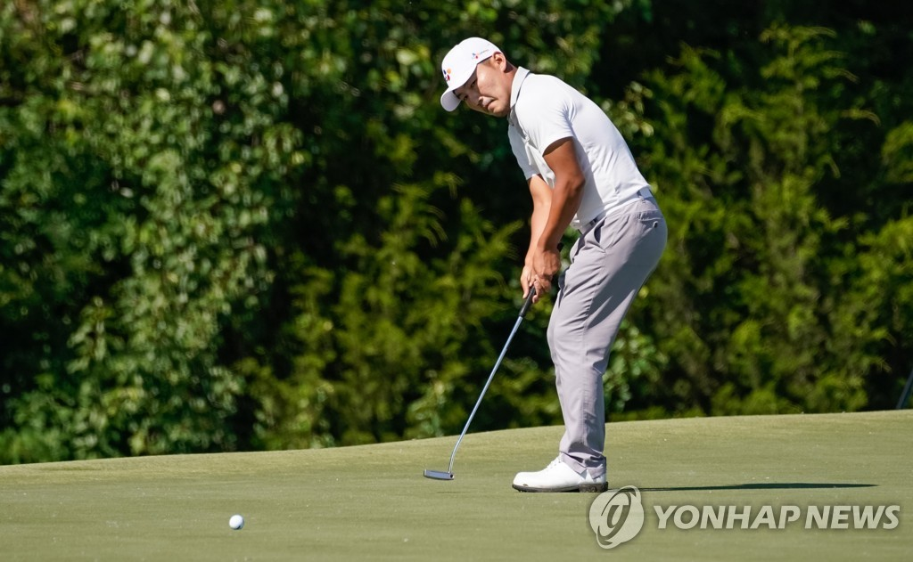 In this USA Today Sports photo, South Korean Kang Sung-hoon putts on the 13th green during the final round of the AT&T Byron Nelson golf tournament at Trinity Forest Golf Club in Dallas, Texas, on May 12, 2019. (Yonhap)