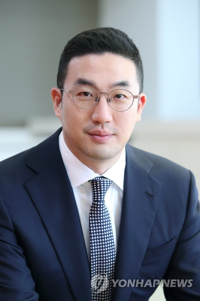 This photo, provided by LG Group, shows its chairman Koo Gwang-mo. (PHOTO NOT FOR SALE) (Yonhap)