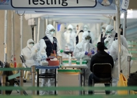 (LEAD) S. Korea reports 146 new virus cases, total now at 9,478