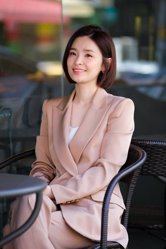 Actress Jeon Mi-do gives interview