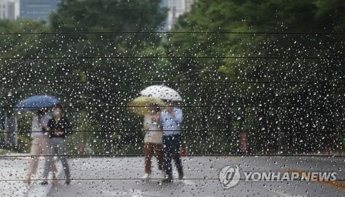 비 내리는 서울
