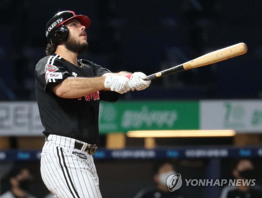 In this file photo from Sept. 24, 2020, Roberto Ramos of the LG Twins watches his three-run home run against the NC Dinos in the top of the third inning of a Korea Baseball Organization regular season game at Changwon NC Park in Changwon, 400 kilometers southeast of Seoul. (Yonhap)